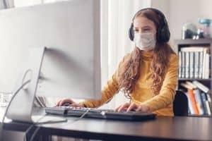 Girl doin online classes
